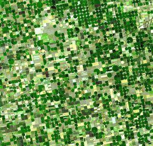 626px-Crops_Kansas_AST_20010624